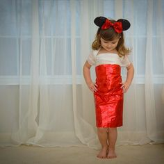 4-Year-Old Fashionista Creates Fancy Frocks Out of Paper