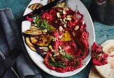 Roter-Rüben-Hummus mit Melanzani und Pitabrot Hummus, Chutney, Snacks, Kung Pao Chicken, Ratatouille, Pesto, Cabbage, Beef, Vegetables