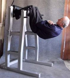 inverted sit up station