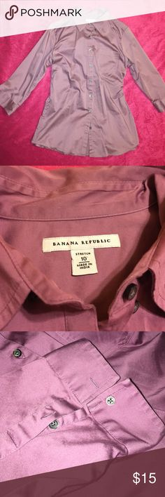 Silky business casual blouse A soft purple blonde and causally formal Banana Republic Tops Button Down Shirts