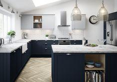 Blue Kitchen Cabinets, Painting Kitchen Cabinets, Shaker Kitchen, Oak Cabinets, Kitchen Paint, Plywood Kitchen, Paint Bathroom, Farmhouse Cabinets, Kitchen Flooring