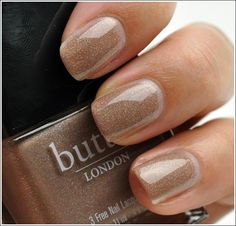 Butter London ♒ All Hail McQueen ♒ classy color for summer toes