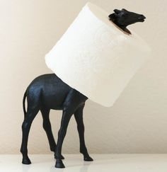 A Kailo Chic Life: Craft It - A Black and White Giraffe Toilet Paper Holder