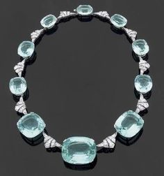 Empires, kingdoms, royalty, etc. — Stunning aquamarine and diamond platinum...