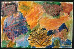 fall rubbing watercolor - fall activities for kids - HowToHomeschoolMyChild.com  #art #fall #autumn #homeschool
