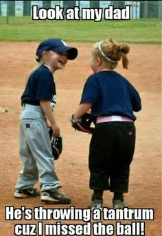 64 Ideas sport humor funny softball Your different types of recreational softball handbag Funny Softball Quotes, Funny Sports Memes, Softball Pictures, Sports Humor, Funny Memes, Hilarious, Funny Baseball Memes, Sports Pictures, Jokes