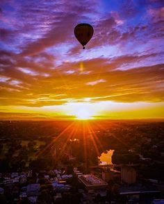 Flying high across the sky  courtesy of @theplanetd. Share your favorite places in Australia and include #beautifuldestinations