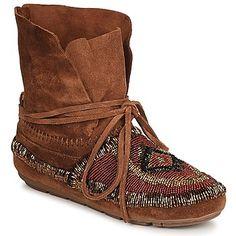 Les boots navajo à perles, un effet très réussi !