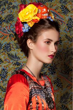 Hello my little snobz! I am excited to announce the publication of my Frida Kahlo inspired photoshoot is now released in COCO Magazine's May 2013 part one issue! I have been very excited to s… Mexican Fashion, Ethnic Fashion, Frida Kahlo Portraits, Mexican Dresses, Floral Headpiece, Flowers In Hair, Flower Crown, Simply Beautiful, Fascinator