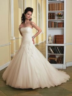 Tulle Sweetheart Directionally Pleated Bodice Ball Gown Wedding Dress