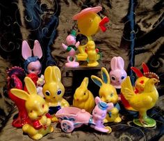 Vintage Lot 13 Easter Hard Plastic Candy Containers Rabbits Chicken Rosen Rosbro   #1844527423