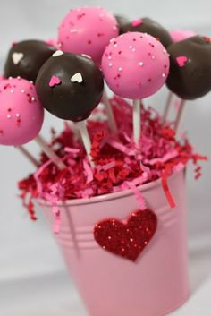 Pretty in Pink: What lil one wouldn't love to receive this sweet pail of goodies as her valentine? Source: Savvy Sassy Moms