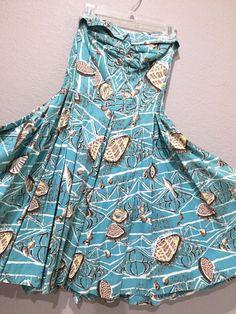 Vintage Blue Malihini Hawaiian Pool Dress Tiki Medium M/L Sundress Rockabilly Hawaiian Wear, Hawaiian Tiki, Vintage Hawaiian, Vintage Clothing, Vintage Outfits, Miss Hawaii, Hawaii Dress, Tropical Fashion, Vacation Dresses