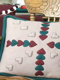"This free quilting pattern combines blind stitch applique and trapunto to make a lovely fleece accent for Valentine's Day. Finished pillow size is 20"" x 20""."
