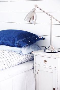 Ideas of decorative pillows from old jeans