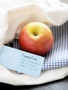 Printable: Back to School Themed Tags and Labels,You will LOVE these. I just printed and wrote a love letter to put in my kiddos lunchbox.
