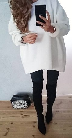 #fall #outfits ·  White Oversized Sweater // Skinny Jeans // Knee Length Boots