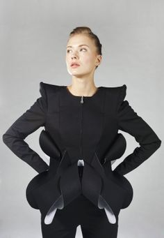 Sculptural Fashion - tailored lines and beautifully contoured 3D shapes with elegant symmetry; wearable art // Anna Golovina