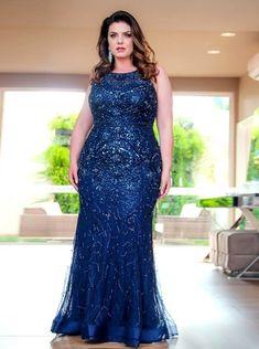 c43948aaac Vestido de festa plus size azul  10 modelos para usar em 2019 Roupas De  Madrinha