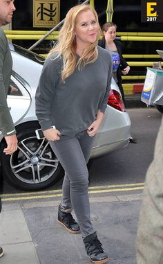 The Comedienne Amy Schumer plays it Casual Cool as She promoted her New Movie Snatched in London