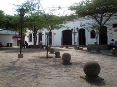 Parque Peralta, Girón, Santander, Colombia.