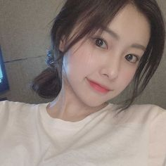 Tips Menang Capsa Susun Kpop Girl Groups, Kpop Girls, My Girl, Cool Girl, Secret Song, Eyes On Me, Bare Face, Japanese Girl Group, Character Aesthetic