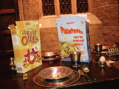Warner Bros Studio Tour London is hosting two spellbinding Breakfast At Hogwarts events, which includes seeing the Great Hall laden with cereal boxes of Pixie Puffs and Cheeri Owls Harry Potter Owl, Harry Potter Images, Harry Potter Birthday, Hogwarts Great Hall, Warner Bros Studios, Yule Ball, Eat Breakfast, Cereal Boxes, Hermione