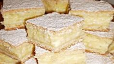 Falešný tvarohový koláč s famózní lehkou chutí – pochutná si celá ro. Czech Recipes, My Recipes, Sweet Recipes, Dessert Recipes, Cooking Recipes, Good Food, Yummy Food, Sweet Desserts, Dessert Bars