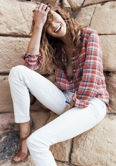 40 Perfect Outfit Ideas With White Jeans.