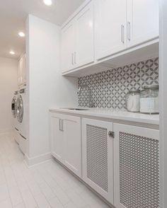 Crisp, clean and gorgeous! Cement tile in the laundry room. Home Design, Laundry Room Bathroom, Laundry Rooms, Bathroom Ideas, Bathrooms, Laundry Room Inspiration, Grey Backsplash, Laundry Room Design, Designer