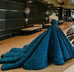 Debut ideas fir my daughter - Debut ideas fir my daughter Source by lisamariekukuk - Cute Prom Dresses, Elegant Dresses, Pretty Dresses, Beautiful Dresses, Formal Dresses, Pink Dresses, Gorgeous Dress, 15 Dresses, Red Ball Gowns