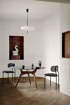 triiio-dining-tables-hans-bolling-brdr-kruger-design-furniture_dezeen_dezeen_2364_col_0-683x1024 triiio-dining-tables-hans-bolling-brdr-kruger-design-furniture_dezeen_dezeen_2364_col_0-683x1024