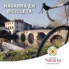 Esta guía pretende convertirse en una referencia para los aficionados al ciclismo: un manual que anime a coger la bicicleta y, al mismo tiempo, sirva para recorrer Navarra conociendo la carretera que se pisa y los hitos históricos y culturales que esperan detrás de la próxima curva.