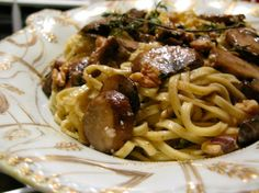 linguine with mushrooms & thyme.