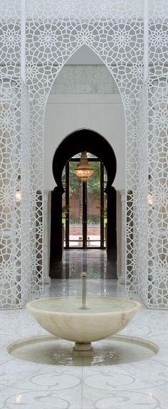 Moroccan Design, Moroccan Decor, Moroccan Style, Moroccan Bedroom, Moroccan Lanterns, Patio Interior, Interior And Exterior, Interior Design, Islamic Architecture