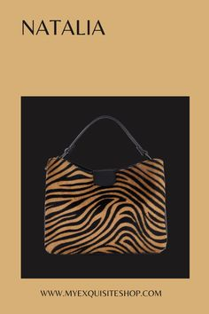 Choice of animal prints this is a compact handbag in Italian leather and smooth faux fur Pony Hair, Tiger Print, Printed Bags, New Bag, Animal Prints, Hair Designs, Winter Collection, Italian Leather, Leather Handbags