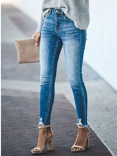 Women's Stretch Pull-On Skinny Ripped Distressed Denim Jeggings Regular-Plus Size Classy Outfits, Fall Outfits, Casual Outfits, Fashion Outfits, Girly Outfits, Editorial Denim, Jeans Store, Cut Jeans, Women's Jeans