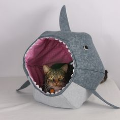 Great White Shark Cat Ball Bed   The Cat Ball