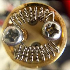 Anyone spend a lot of time with these big gap coils? Leave a comment as to why or why not you use these type builds. Vape on everyone. #VapeLife