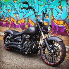 harley davidson softail slim vance and hines Harley Davidson Chopper, Harley Davidson Sportster, Harley Davidson Custom, Harley Davidson Street Glide, Harley Davidson News, Harley Softail, Harley Dyna, Harley Bikes, Triumph Motorcycles