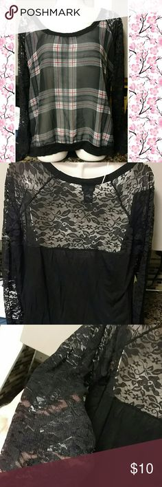Rue 21 top sz xl Plaid top w lace on back upper portion and sleeves. Sz xl Rue21 Tops