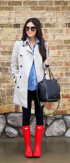 I like the classic look of a neutral trench too.