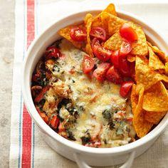 Chicken Taco Casserole @keyingredient #cheese #chicken #vegetables #tomatoes #casserole