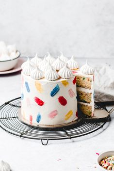 This Funfetti layer cake is perfect for birthdays, celebrations or just because! Soft and moist vanilla funfetti cake layers, paired with silky vanilla buttercream and filled with homemade strawberry jam. Learn how to make it from scratch, it's easy! Pretty Birthday Cakes, Pretty Cakes, Cute Cakes, Cake Birthday, Birthday Cake Decorating, Colorful Birthday Cake, Easy Cake Decorating, Simple Birthday Cake Designs, Birhday Cake