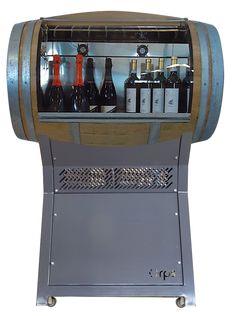Cantinetta vino a forma di botte....semplicemente unica!!