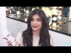 This new mama might have taken a few months off, but she's coming back to social media stronger than ever. When she's not showing off her over-the-top accessories, Kyie Jenner is sharing her best makeup hacks, and the beauty world loves it. She doesn…