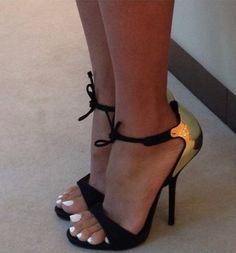 Great looking classy, sexy shoes...use gold nail polish next time !!