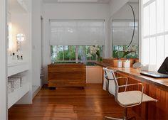 09-banheiros-de-luxo-com-pastilhas-marmore-madeira.jpeg 800×574 pixels