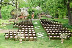 Awe-worthy altar at Skelly Lodge. Photo by Amanda Watson Photography. #wedding #altar
