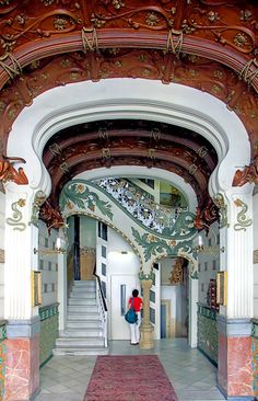 Casa Josep Batlles II  1905  Architect: Francesc Farriol i Carretes / Restauration: Eduard Mercader i Sacanella
